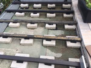 Terrassenunterkonstruktion mit Gummiunterlagen